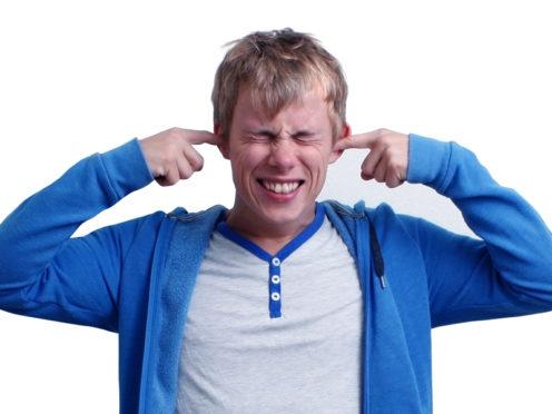 ¿cómo afecta la contaminación sonora a la salud auditiva
